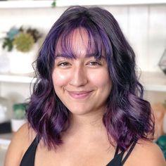 Purple Balayage, Dark Purple Hair, Hair Color Streaks, Black Hair With Highlights, Vivid Hair Color, Hair Color Purple, Hair Color For Black Hair, Color Black, Black Hair Bangs