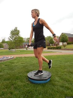 Ways a Bosu Ball Can Help You Sculpt Great Legs Erin Oprea Workout MovesErin Oprea Workout Moves Exercise Fitness, Body Fitness, Excercise, Fitness Tips, Fitness Motivation, Cycling Motivation, Physical Fitness, Bosu Ball, Ballon Bosu