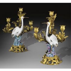 french & continental furniture ||| sotheby's pf8026lot3nd26en Porcelain Vase, Fine Porcelain, Painted Porcelain, Chinoiserie, Pottery Lessons, Style Louis Xv, Royal Art, Bronze, China Sets
