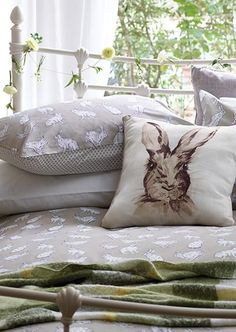 Love the bunny. Irish Cottage, Cozy Cottage, Interior And Exterior, Interior Design, Fresh Farmhouse, Sweet Home, Shabby Chic, House Design, Pillows