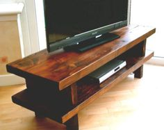 Chevron design rustic TV stand / unit di Redcottagefurniture