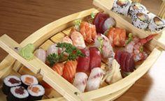 Como fazer comida japonesa: veja receitas para um jantar romântico com sushi e sashimi, rolinho primavera (harumaki) de legumes e camarão, hot filadélfia e outras delícias.