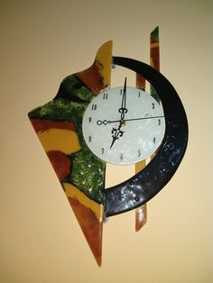 Reloj en vitrofusion Tiffany, Clock, Glass, Wall, Ideas, Home Decor, Porta Velas, Stained Glass Crafts, Glass Ornaments