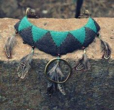 Η τέχνη του μακραμέ - mikrocosmos.gr Macrame Necklace, Turquoise Bracelet, Bracelets, Jewelry, Jewlery, Jewerly, Schmuck, Jewels, Jewelery