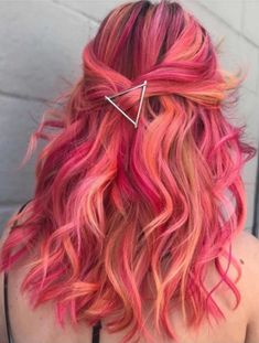 59 Amazing Dyed Hair For Winter Style Hairstyles Dyed - Haarfarben Dyed Hair Purple, Dyed Hair Ombre, Dye My Hair, Hair Tips Dyed, Pink Hair Streaks, Violet Hair, Red Ombre, Burgundy Hair, Hair Dye Colors