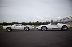 Ford GT40, Ford GT70, and Ford GT on track (pictures)