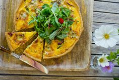 no - Finn noe godt å spise Quiches, Frisk, Vegetable Pizza, Meal Planning, Bacon, Appetizers, Food And Drink, Healthy Recipes, Healthy Food