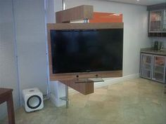 http://cdn.hotfrog.co.za/companies/DEFINITION-TV-LIFTS-PLASMA-LIFTS-LCD-MONITOR-LIFTS-and-PROJECTOR-LIFTS/images-pr/TV-STAND-WITH-MANUAL-ROTATE-48805_image.jpg