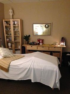 This is one of two acupuncture treatment rooms at Jade Star Acupuncture in Tucson. Our