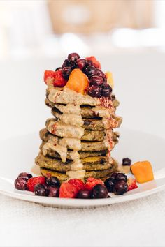 We've got a real winner of a recipe today, flapjacks that are packed with Super Fresch superfood power and still simple enough to quickly whip up.  Makes approx. 20 flapjacks  Ingredients: 120g buckwheat flour 2 Tbsp cacao nibs 2 Tbsp SuperFresch of choice 350mL plant milk 2 ripe mashed bananas 2 Tbsp chia seeds Optional: 1 tsp cinnamon  Method: Mix all ingredients together & refrigerated for an hour. Use 1 – 1.5 Tbsp of batter for each flapjack Buckwheat Recipes, Cacao Nibs, Latest Recipe, Recipe Today, Superfood, Waffles, Healthy Breakfasts, Chia Seeds, Bananas