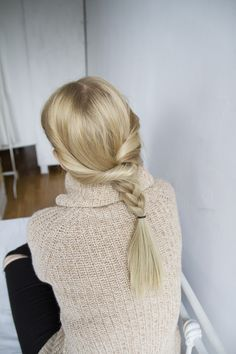 Check out this curated searchable fashion and hairstyle inspiration tool! www.lookli.st #looklist #fashion #hairstyle