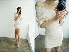 Vネックオフショルタイトワンピース - 《公式》Chuu(チュー)レディースファッション通販!