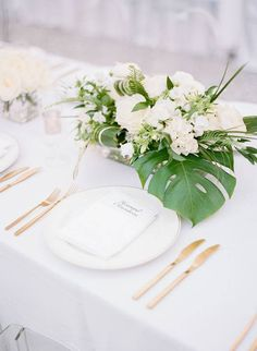 Greenery wedding centerpiece with white flowers - palm leaves wedding centerpieces -Find a wedding planner in your city on WeddingWire! {Ooh! Events} Wedding Themes, Wedding Vendors, Wedding Film, Our Wedding, Unique Weddings, Real Weddings, Wedding Planner, Destination Wedding, Cool Wedding Cakes