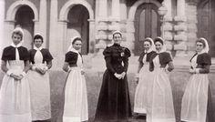 Boer War Nurses. Cape detail. #Military Verpleegsters tydens die Anglo Boere-oorlog - Tydlose liefde