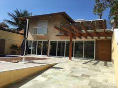 Projeto e obra Pardini Arquitetura - Esquadrias de alumínio linha gold, piscina pastilhas de porcelana Jatobá, pintura Terracor linha terracal.