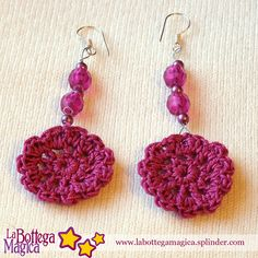 I've been looking for cute crochet earrings. ༺✿ƬⱤღ  http://www.pinterest.com/teretegui/✿༻