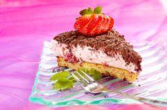 jordbær-mousse-kake