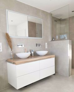 All Details You Need to Know About Home Decoration - Modern Family Bathroom, Modern Bathroom, Small Bathroom, Master Bathroom, Bathroom Styling, Bathroom Interior Design, Cold Shower, Bathroom Inspiration, Double Vanity