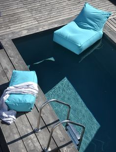 Poufomania brings to you the absolute relaxation even at the pool!