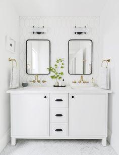 Double Vanity Bathroom Mirrors: Ideas and Inspiration | Hunker Bathroom Styling, Diy Bathroom, Double Vanity Bathroom, Bathroom Interior, Bathroom Decor, Modern White Bathroom, Guest Bathroom, Tile Trends, White Bathroom