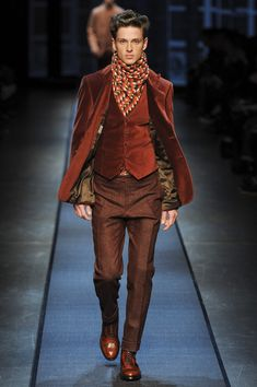 FALL 2013 MENSWEAR CanaliVelvet jacket, shoes matching the outfit, scarves,