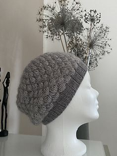 Bubbles in the sky hat is knitted with two strands held together, the sensai yarn is used with main color and contrast color. Hat Patterns, Contrast Color, Needles Sizes, Main Colors, Strands, Bubbles, Lily, Stitch, Knitting