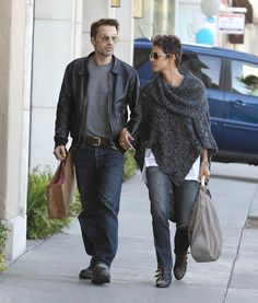 Stars And Their Boyfriend Jeans