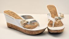 Guess GWPOPPI2 White Slide Heels 9.5 Women's Patent Bow Cork Sparkly Wedges EUC!