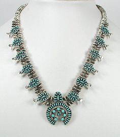 navajo-squash-blossom-necklace-what-is-its-history-and-meaning