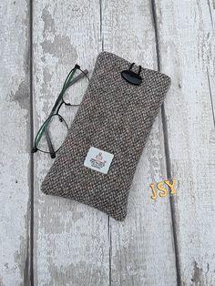 e1d78e2659e9 Harris Tweed Glasses Case Sunglasses Cosy Scottish Tweed spectacle case  eyeglass slip case glasses protector barley corn tweed padded case