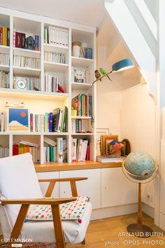 Coin lecture dans cet atelier d'artiste à Paris. Plus d'infos sur Côté Maison. http://bit.ly/1jg7Hjl