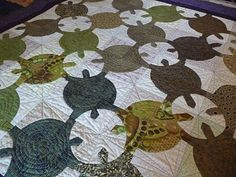 turtle quilt~ no directions-- I just like how this one looks