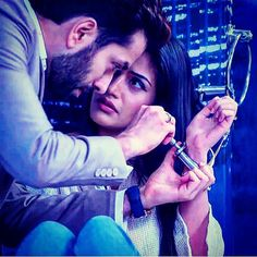 Anika Ishqbaaz, Cute Movie Scenes, Lovers Images, Cute Couples Photography, Romantic Pictures, Tv Actors, Cute Celebrities, Bad Timing, Best Couple