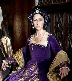 """Spanish actress Paola Bontempi as Katherine of Aragon in BBC documentary series """"Six Wives with Lucy Worsley"""" (2016)."""