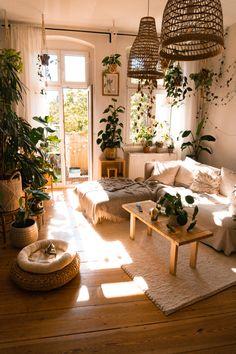 Mehr Einrichtungstipps bei Fridlaa Room Design Bedroom, Home Decor Bedroom, Casa Hygge, Home Design Decor, House Design, Hippie Living Room, Aesthetic Room Decor, Dream Rooms, My New Room