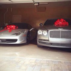 Ferrari 458 and Bentley Mulsanne Floyd Mayweather, Ferrari 458, Lamborghini Gallardo, Weird Cars, Cool Cars, Fancy Cars, My Dream Car, Dream Cars, Dream Big