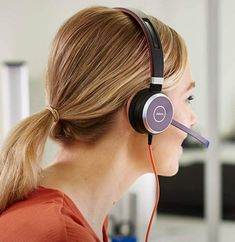 Computer Headphones, Headphones With Microphone, Beats Headphones, Over Ear Headphones, Computer Technology, Gaming Computer, Wireless Headset, Noise Cancelling