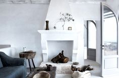 Tour 11 Stunning Italian Farmhouse Rentals via @domainehome
