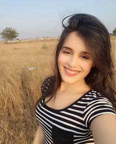Jai Soni, Rhea Sharma to feature in 'Laal Ishq' - Social News XYZ Bollywood Wallpaper, Girl D, Disha Patani, Cute Girl Photo, Beauty Full Girl, Indian Beauty Saree, Indian Models, Cute Faces, India Beauty