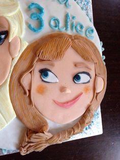 Anna (Frozen Cake)!❄️ DIY with sugarfondant!