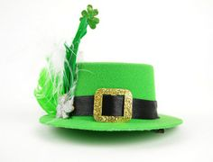 New Costume Holiday Accessory St. Patrick s Day Irish Mini Top Hat with  Hairclip 974e8f046c80