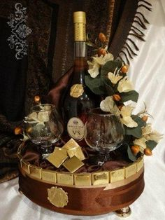 Holiday Party Discover Now present it this way and be the hero of the night. Alcohol Gift Baskets, Wine Gift Baskets, Alcohol Gifts, Liquor Bouquet, Candy Bouquet, Happy Birthday Celebration, Birthday Gifts, Chocolate Flowers Bouquet, Leaving Gifts