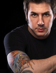 Johnny Iuzzini - Happy with what I have , but HOT DAMN I girl can dream ... Pastry Chef , Tattoos , & Freaking Gorgeous! Schaaawing!