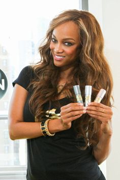 Tyra Banks Thinks Makeup Is the 'Great Equalizer'  - ELLE.com