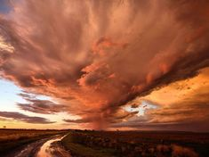 Picture of a red storm cloud in Spring Creek, Queensland, Australia