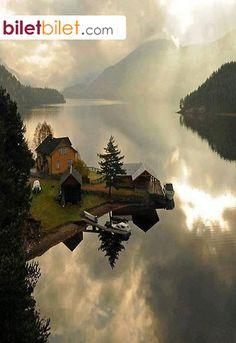 """Sloganı """"Minyatür Norveç"""" olan ve Norveç'in güneybatı kıyısında yer alan on sekiz belediyeli eyalet. Telemark http://www.biletbilet.com/etiket/35/ucak-bileti"""