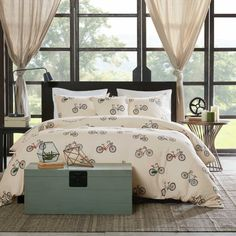 Make your bedroom retro chic with the HipStyle Milo Collection. Multicolored bicycles flood this print along with wording about how life is a wonderful ride! Printed on 200 thread count cotton duck, this collection has a textured look and feel.