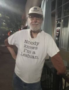 29 Old People Rocking Highly Inappropriate T-Shirts - Inappropriate Shirt - Ideas of Inappropriate Shirt - 29 Old People Rocking Highly Inappropriate T-Shirts Stupid Memes, Funny Memes, Funny Fails, Reaction Pictures, Funny Pictures, Fail Pictures, Haha Funny, Hilarious, Funny Drunk