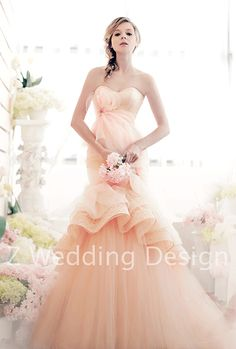 ZWEDDING Blossom Courtyard | #zwedding #designergowns #designers #fashion #couture #wedding #bridalgowns #bridal #zweddingsg #zweddingsingapore #singapore #weddinggowns #gowns #weddingdress