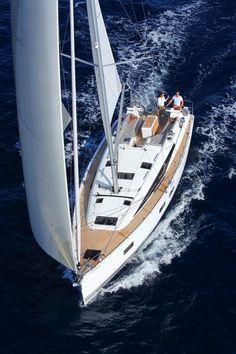 Most Popular Power Boats and Why to Use Them – Voyage Afield Sailboat Living, Sailing Holidays, Boat Design, Sail Away, Sailing Ships, Sailing Yachts, Sailing Boat, Set Sail, Power Boats